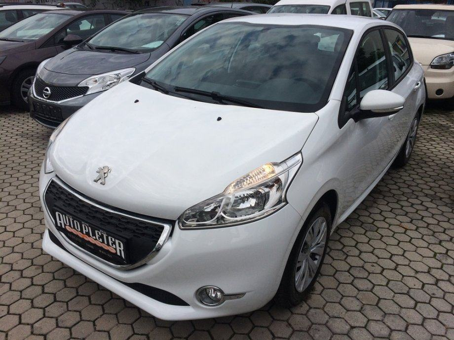 "Peugeot 208 1.4 HDI ""91.218 KM,SERVISNA,GARANCIJA!"", 2014 god."