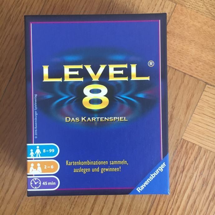 LEVEL 8 - kartaška društvena igra (Novo)