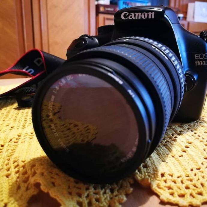 Prodajem Canon EOS 1100D