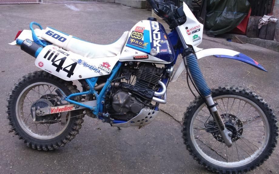 1989 Suzuki DR 600 S - Moto.ZombDrive.COM
