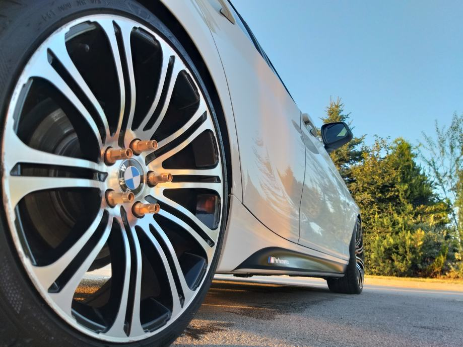 Bobota - Specijalizirani Mercedes-Benz autoservisi koji
