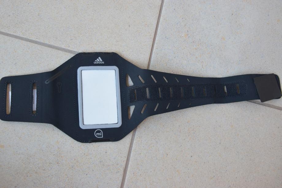 Adidas držač mp3 playera za nadlakticu (armband)