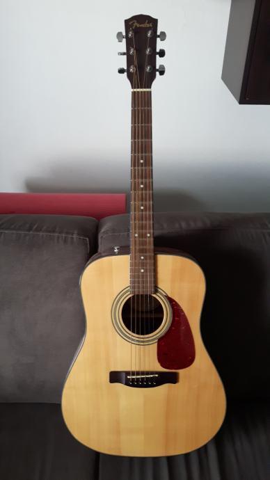 Fender CD 140S