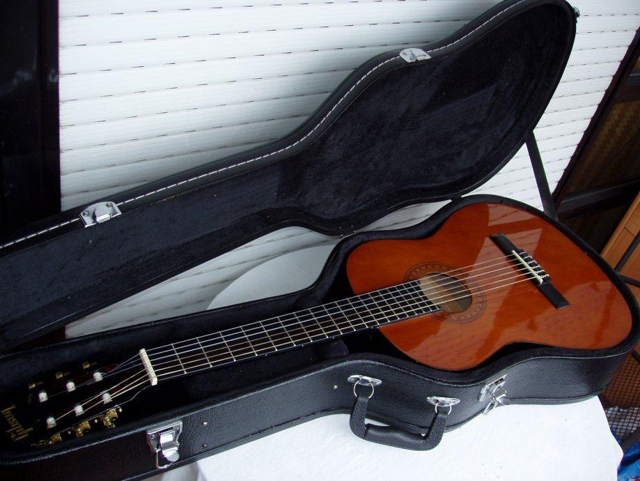 Gitara koncertna GIBSON -kalamazzo-Michigan-U.S.A.