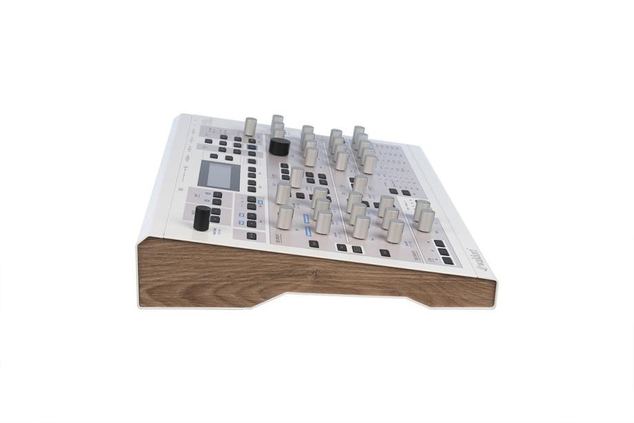 Waldorf Kyra virtual analogni modul
