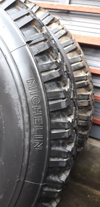 Gume 205 R 16 Michelin ripnjače ! ! ! kao NOVE