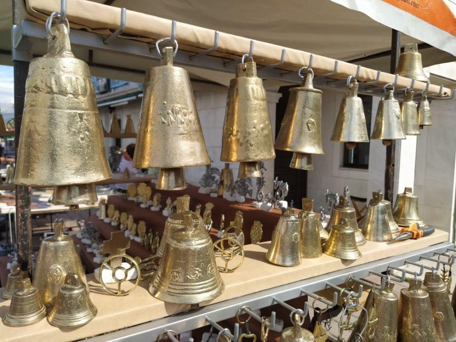 Zvona, bronze za krave, ovce, koze i konje i ostalo..