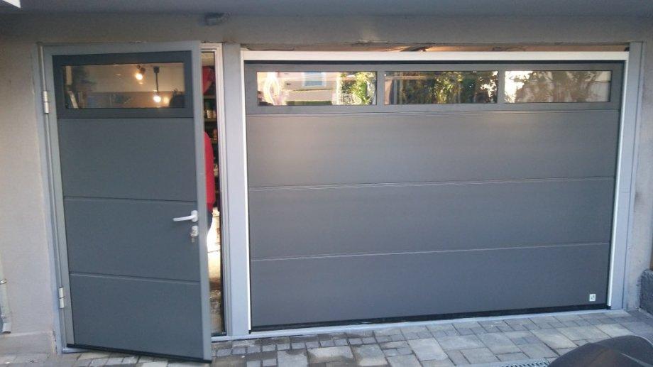 Garažna vrata Alutech , antracit ADS703 ,glatki panel
