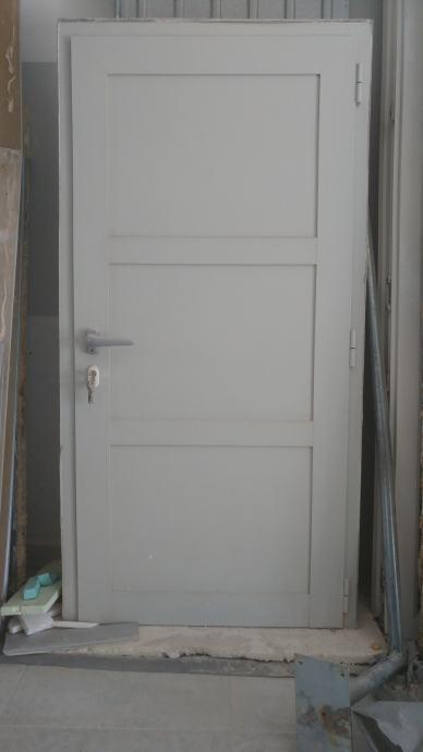 oglas mala vrata
