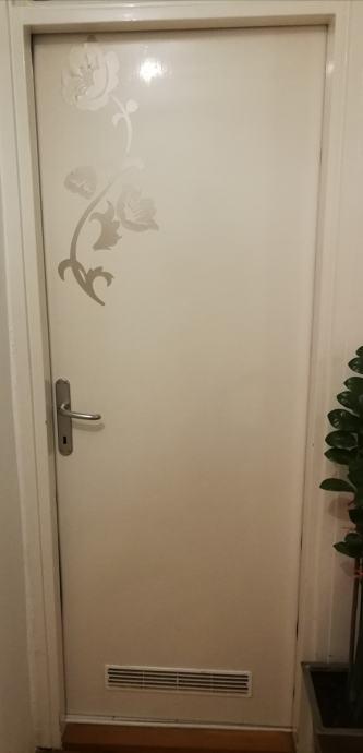2 vrata na poklon