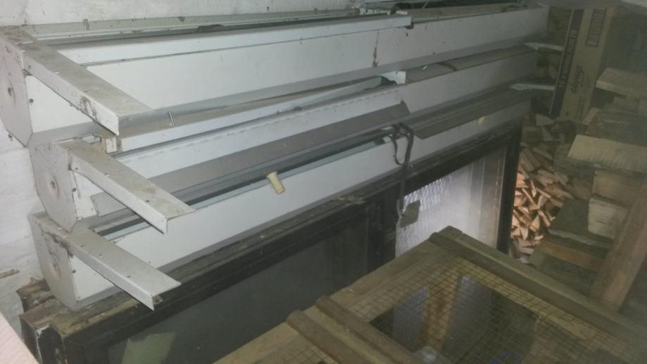 Plastična PVC stolarija sa roletama