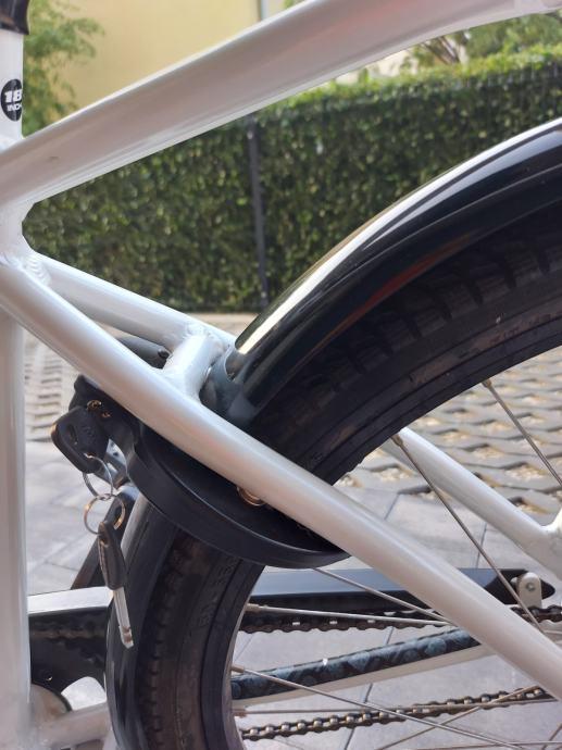 Kona Africa bicikl