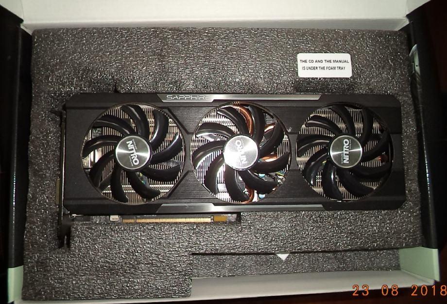 SAPPHIRE Radeon R9 390 Nitro Tri-X OC 8GB GDDR5 512-bit grafička