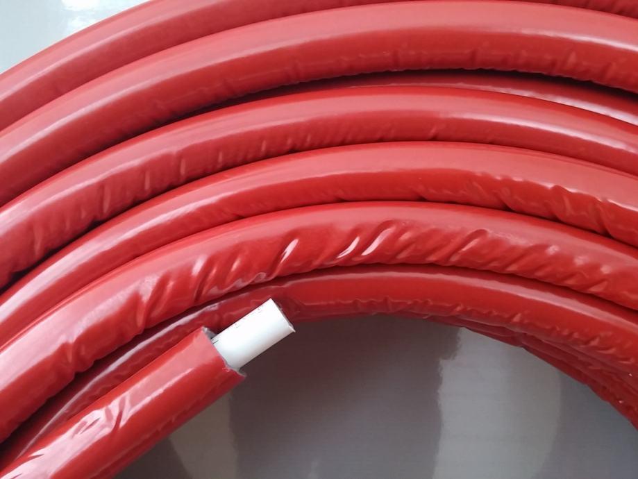 Crvene cijevi