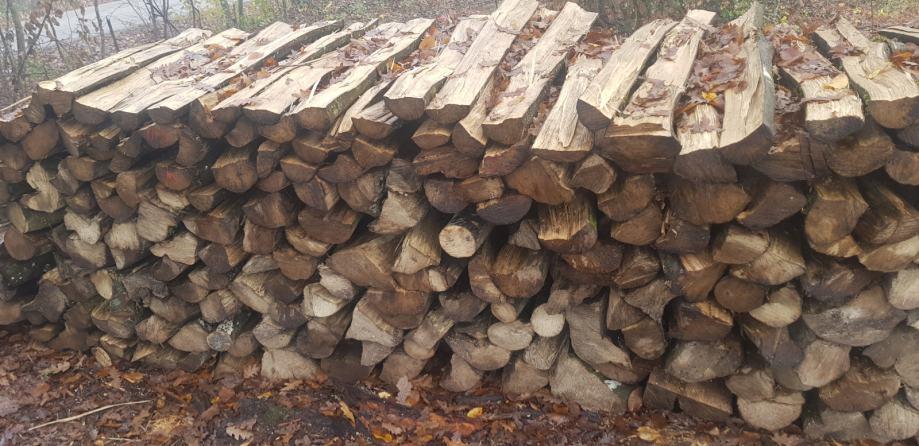 Drva za ogrijev- 270kn, HRAST ILI BUKVA I GRAB 350kn, BRZA DOSTAVA