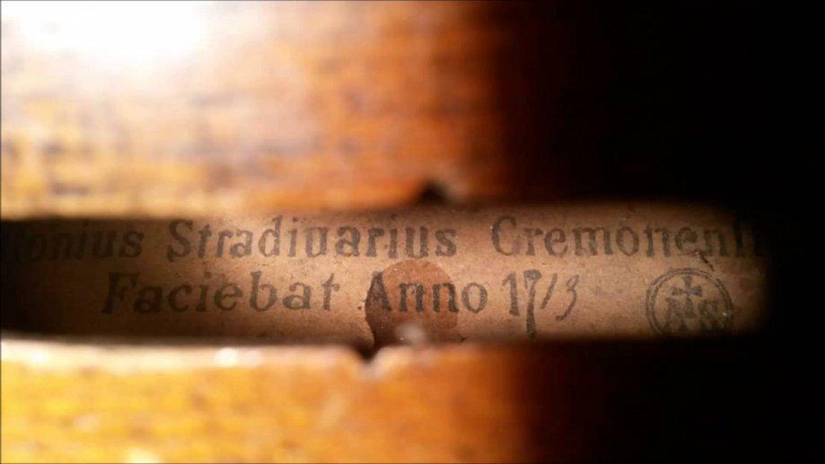 ANTONIUS STRADIUARIUS CREMONENFIS FACIEBAT ANNO 1713 (zamjena)