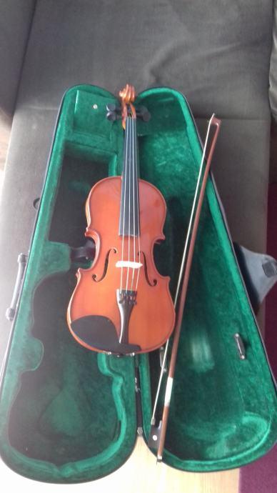 prodajem violinu