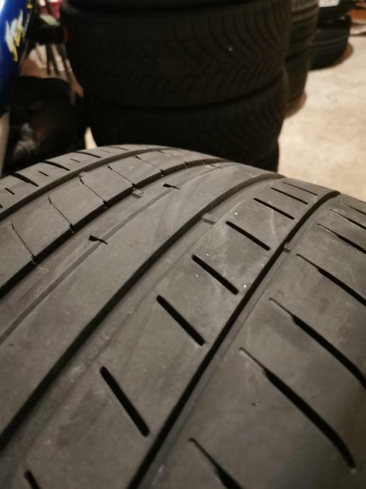 Dunlop Sport Maxx RT2 MO   285/40/20