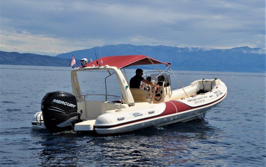 Gumeni brod - Mar.co 23 - 7,5 m - TOP STANJE - 250hp Mercury motor