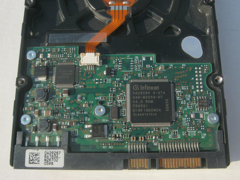 HARD DISKOVI 3,5 80 GB (OSIJEK)