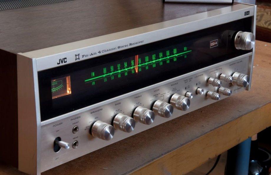 JVC 4VR-5426X monster receiver, moguća zamjena uz doplatu