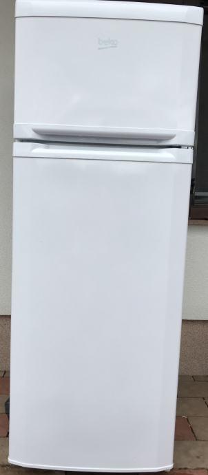 Kombinirani hladnjak Beko DSA25012