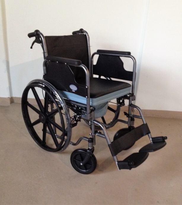 Invalidska kolica sa kahlicom ''NOVO'' - MEDIPOM POMAGALA