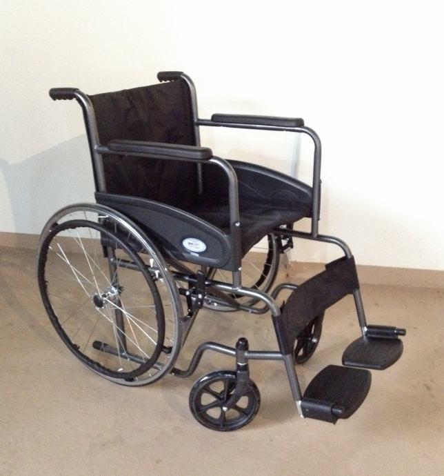 Invalidska kolica   NOVO- MEDIPOM POMAGALA