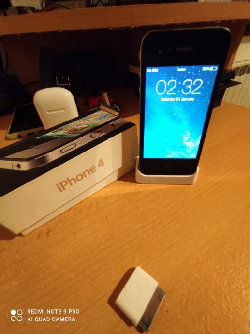 Iphone 4 -od prvog vlasnika,ios 7.1.2 ....moze zamjena