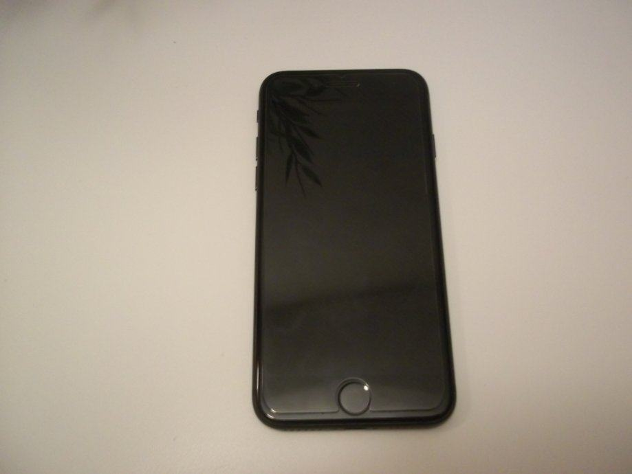 iPhone 8 64gb  - prodaja ili zamjena - ZG