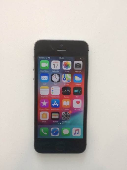 iPhone SE 16GB Space-Gray iOS 3.1.1.  Sve Mreze Dostava