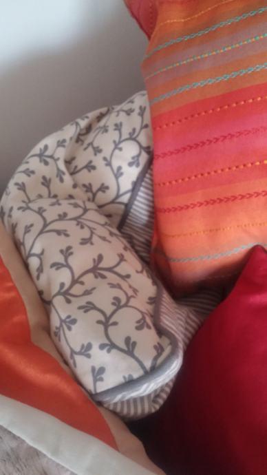 Jastuci jastucici jastucnice