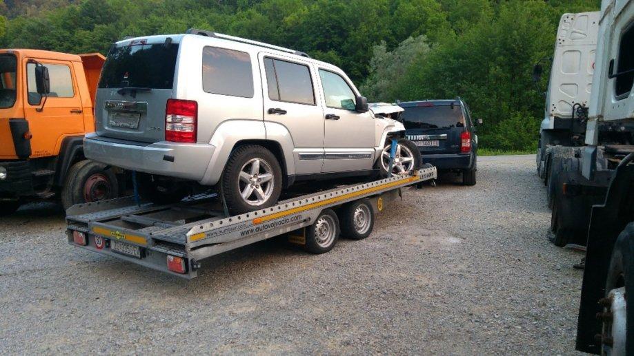 Jeep Cherokee 2,8 CRD Sport