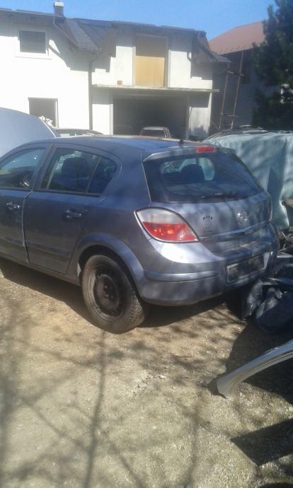 Opel Astra 1,4  twinport  H  linija