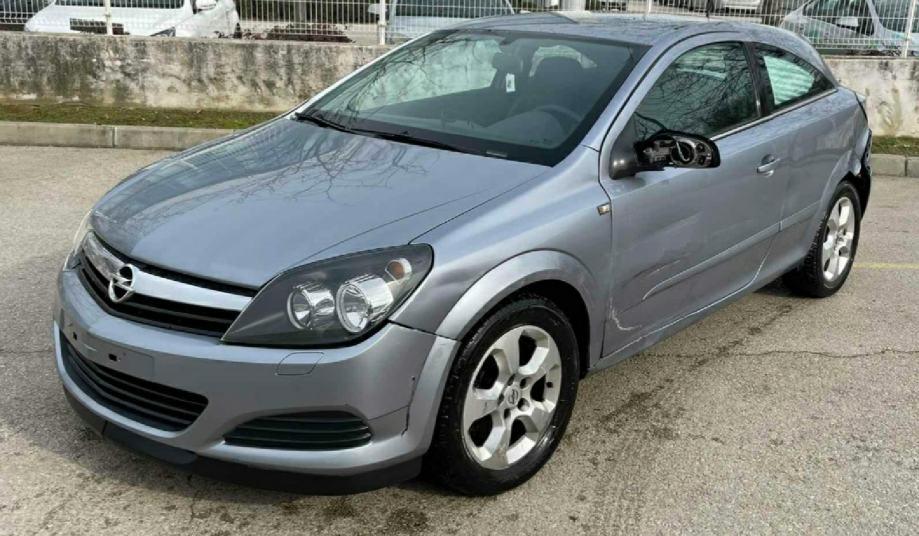 Opel Astra GTC  1,9 CDTI