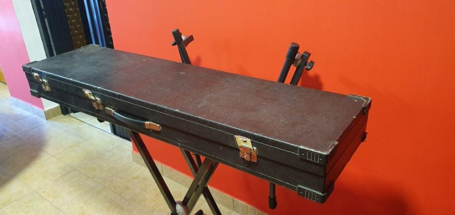 Kofer za klavijature 14 za tr76 korg