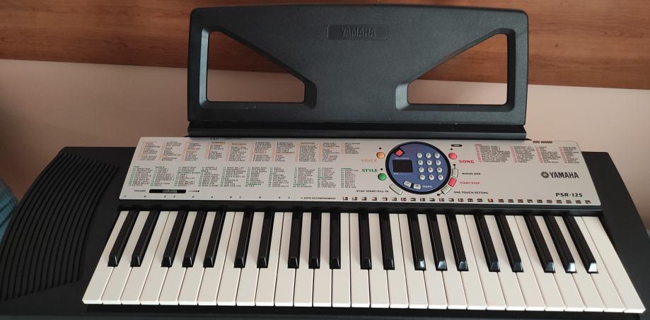 Sintisajzer Yamaha PSR 125