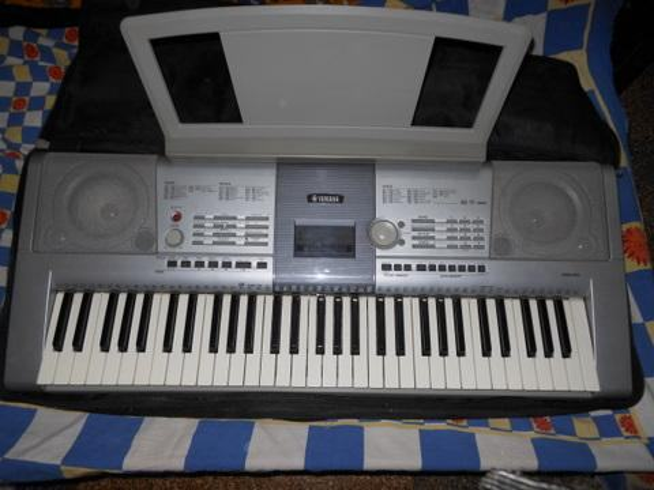 synthesizer yamaha psr 295 hitno akcijaaa ispod cijene. Black Bedroom Furniture Sets. Home Design Ideas