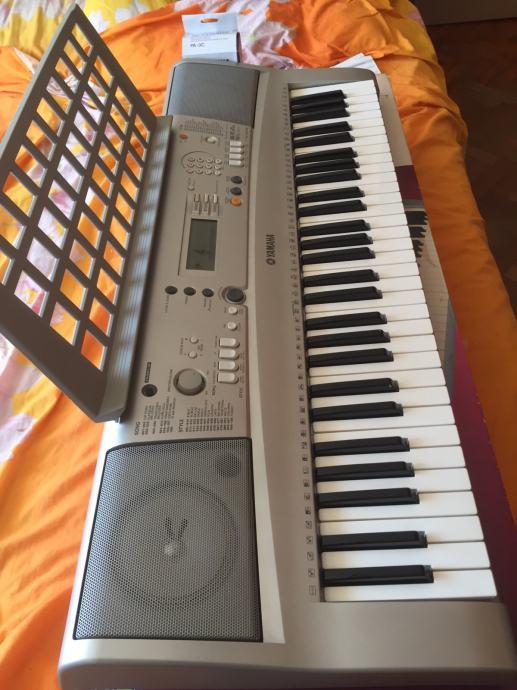 YAMAHA sintisajzer synthesizer