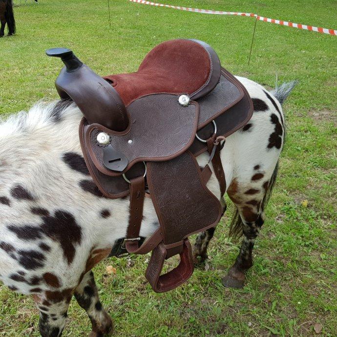 western sedlo za ponija