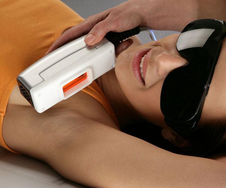 IPL PRESTIGE za trajnu depilaciju, tretmane lica i tijela