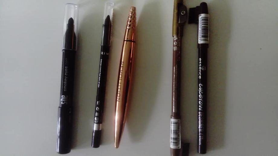 Crne olovke za oći