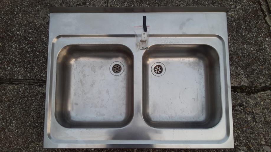 dvostruka sudopera datirajući šest figura