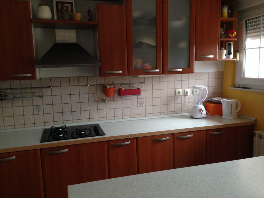 HITNO! Kuhinja SVEA sa aparatima GORENJE