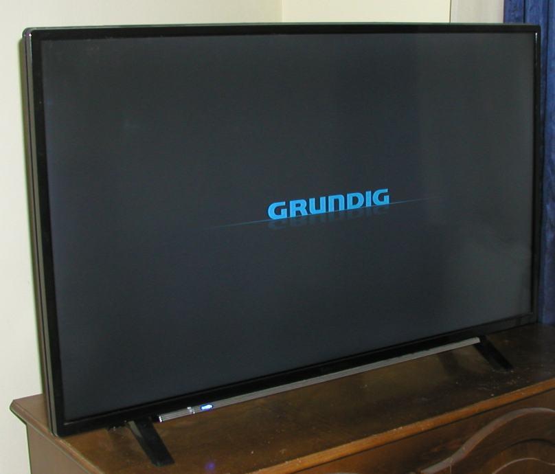 GRUNDIG LED TV 40 VLE 6730 BP