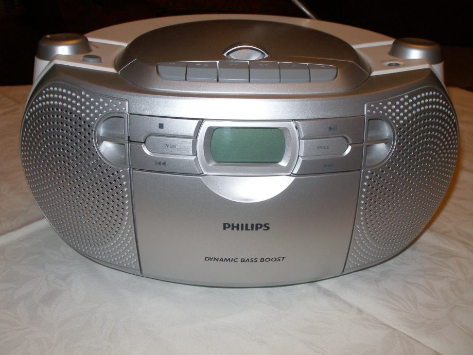 RADIO UREĐAJ  *PHILIPS MP3