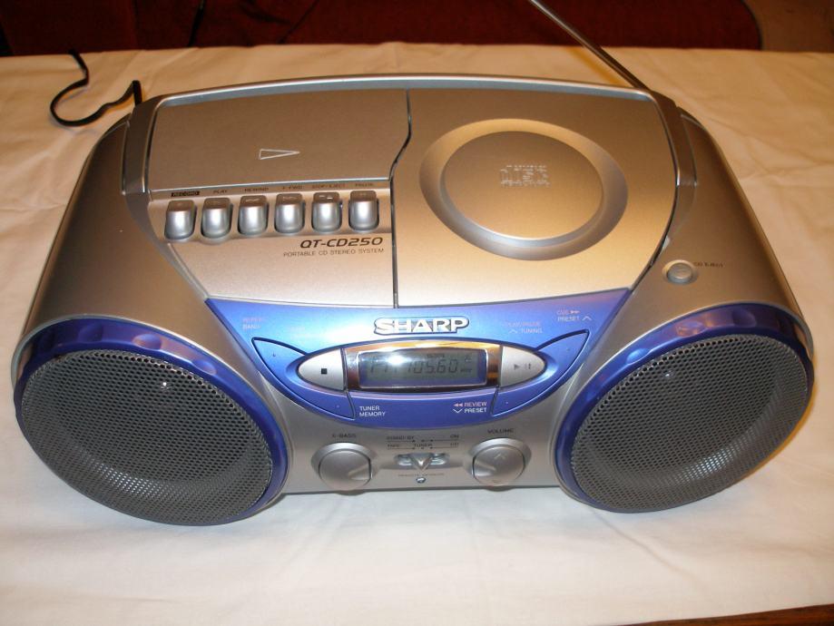 RADIO UREĐAJ  *SHARP