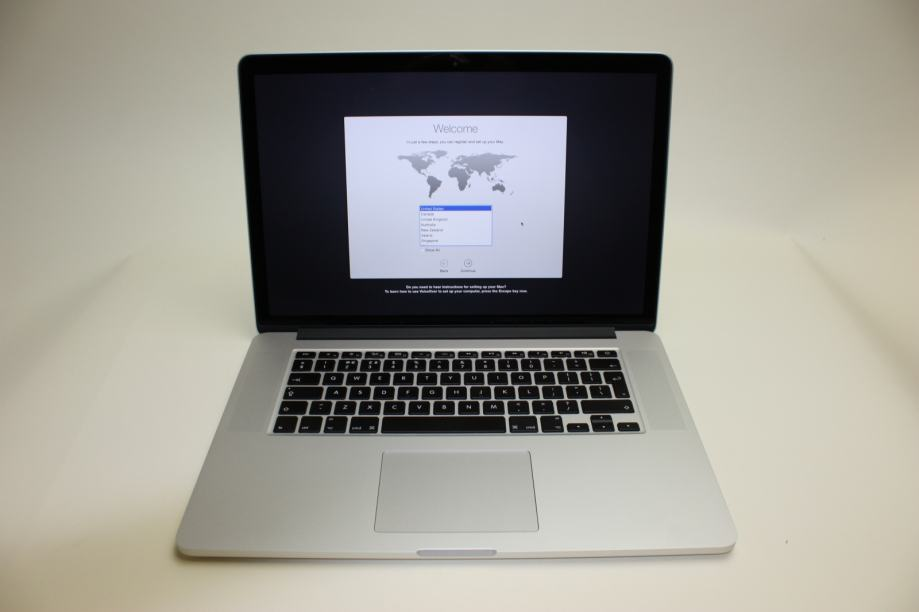 "macbook pro 15""  i7, 16gb ram, 256 gb ssd, mid 2015"
