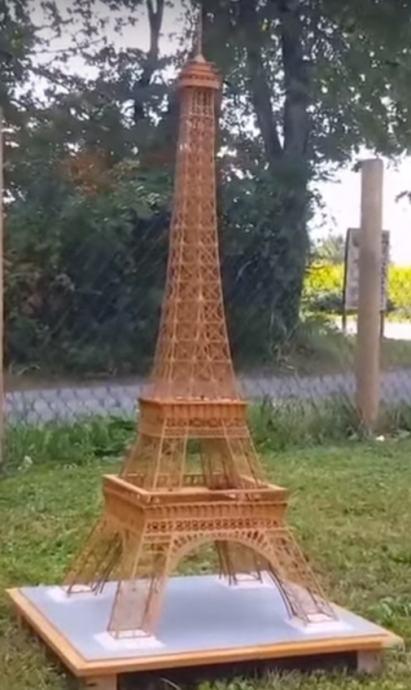 Eiffelov toranj | Eiffel tower inside, Eiffel tower, Tower