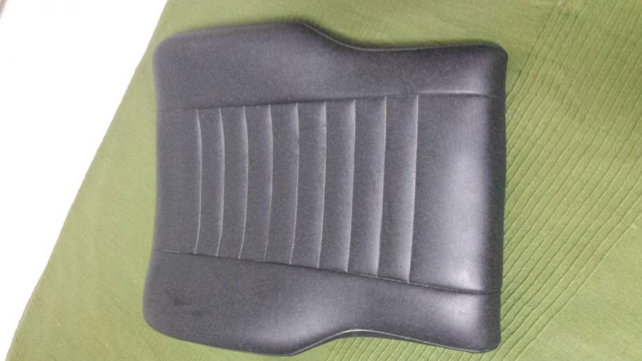 Sjedalo ili naslon prilagođeno za Invalidska kolica.